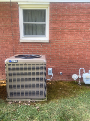 Know how to look for the signs of a necessary air conditioner repair in Huntingburg, IN.